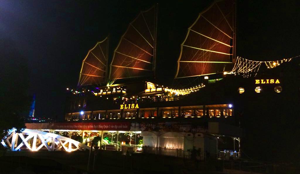 Bach Dang Pier Saigon - Saigontraveling.com